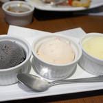 俺のやきとり - 3種のアイス