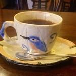 南部珈琲 - 温かみを感じる陶器