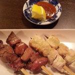 焼鳥居酒屋 風神雷神 - ササミ山葵&白キモ焼き