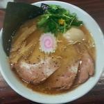 玉五郎 - 【特製煮干しらーめん + ゆず三ツ葉】¥900 + ¥100
