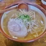 ヌードル マン - 味噌 880円