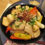 レストラン そら - 桃豚そら丼 1080円
