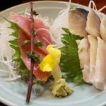 三友 - 食事コース(2160円)の鮪としめ鯖