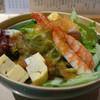 銀座 寿司源 - 料理写真:すし屋のサラダ。エビや生タコ、サーモンなどが入る人気メニュー。