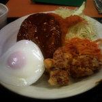 薩摩屋敷 - 昔ながらの洋食屋さん定食(アップ)