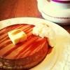 クニタチ ティーハウス - 料理写真:ホットケーキと特製オリジナルティーソース