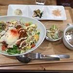 CAFE&KITCHEN ROCOCO - タコライス