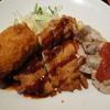 東京厨房 - 料理写真:Wチキン&カニクリームコロッケ定食