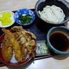 たぬき - 料理写真:日替わりランチ(夜も可)天丼+うどんで750円