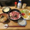 鉄 - 料理写真:なかおちと日替わり丼