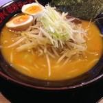 味噌っち 岩岡屋 - 味玉小樽味噌ラーメン840円(税別)