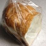 36866812 - 山食 1/3 250円(税込)