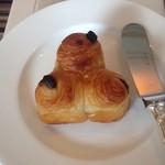 ホテル ラ・スイート神戸ハーバーランド - チョコチップパン