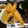 藪そば - 料理写真:丼の向き合ってる?箸は変な場所に斜めになってたので直した