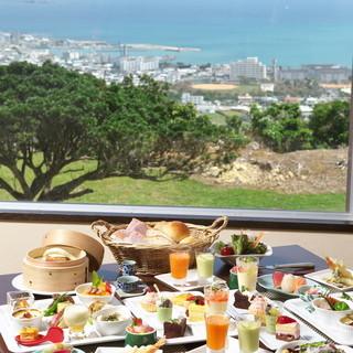太平洋を一望できるレストラン