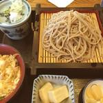 そば廣 - 長浜で初めて満足できるざるそばを頂きました。 蕎麦はもちろん、つゆが兎に角美味い。そしてこの量なら恐らく、都会であれば1500円位は取られますが、1080円とコスパも素晴らしい。またリピートします。