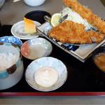 やわらかとんかつ 彩 - 料理写真:龍、デザートと茶わん蒸しもあったような