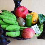 チャイニーズファン よだれ鶏 - 栄養満点日替り自家製野菜ジュース(ランチ)