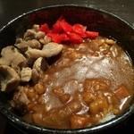 芝虎 - 炭焼き鶏カレー丼
