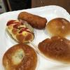 ムックル - 料理写真:クリームパンなど