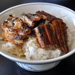 割烹旅館きむらや - 料理写真:穴子丼(1,404円)