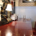 黄金の塩らぁ麺 ドゥエイタリアン - カウンター席 (2015/03)