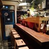 バルタン食堂 - 内観写真:1F カウンター6席