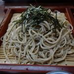 和久 - ざる蕎麦の大盛り(大盛りは100円増し)