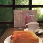 喫茶ルオー - トーストとコーヒー