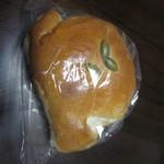 37108732 - 豆乳クリームパン