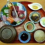 海鮮料理 みはる - なぶら定食(2000円)