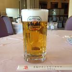 すずらん - ドリンク写真:朝から生ビール大