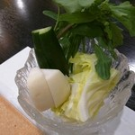 串とも - 生野菜 (キャベツ、カブ、胡瓜、ネギ、ルッコラ)