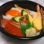 小僧寿し - 料理写真:小僧海鮮丼