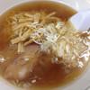 八龍 - 料理写真:さっぱりとした味のラーメン(650円)。餃子と一緒にいかが。