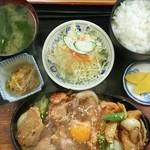 多加箸 - 鉄板定食(950円)
