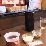 牛國 - 2015/4/6 ホットコーヒー、杏仁豆腐、抹茶ムース