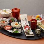 つつじの茶屋 - 料理写真:【30食限定】彩り膳