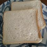 37248623 - ふわふわモチモチの食パン!