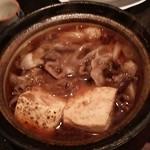 37253686 - 居酒屋定番。肉豆腐。