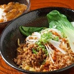 北斗辛軒 - 伝統汁なし担々麺ミニカレーセット