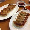 ぎょうざ屋 - 料理写真:一口サイズで食べやすいよ(*´∀`*)