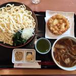 地産レストラン 上里プリンス - 肉汁 上里うどん1,050円