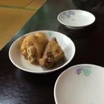 前田食堂 - テビチ2個