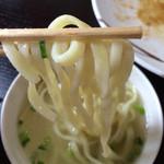 前田食堂 - 山原豚のしょうが焼き定食のソバ