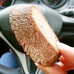 エピ ドゥ ブレ - 料理写真:ライ麦65%使用