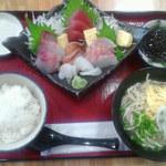 沖縄そばと島豆腐の店 まつばら家 - 刺身定食1200円