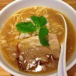 三四郎 - 煮干し中華そば カマスとカタクチイワシ 煮干し度5