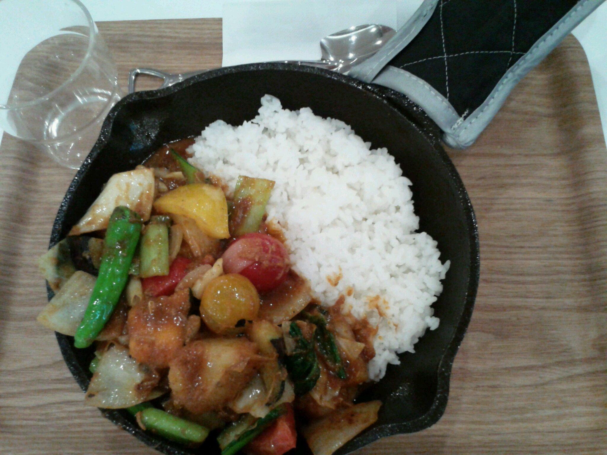 野菜を食べるカレー キャンプエクスプレス イオンナゴヤドーム前店