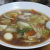 中華食堂劉 - 料理写真:五目ラーメン680円。 野菜・肉・海鮮・うずら卵など10品目位入って具沢山。
